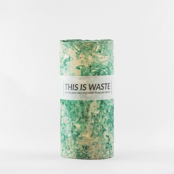 MEDIUM GREEN . STUDIO FLASH . Vase