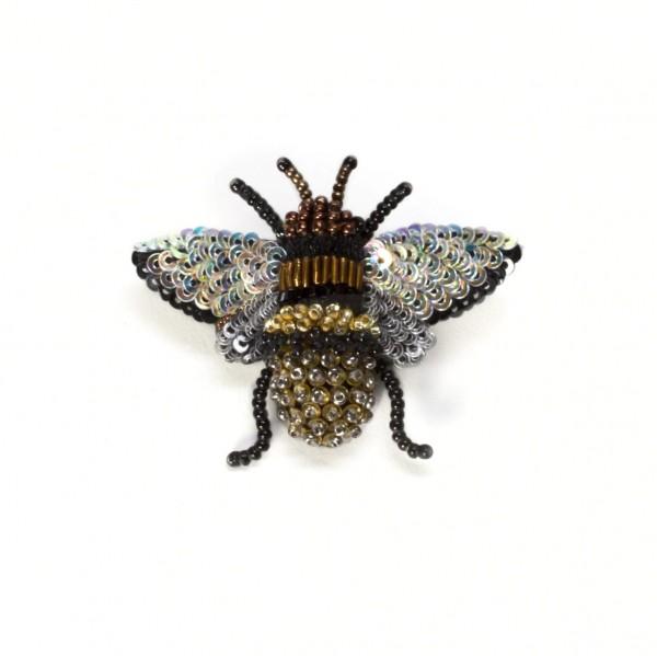 Brooche . HONEY BEE
