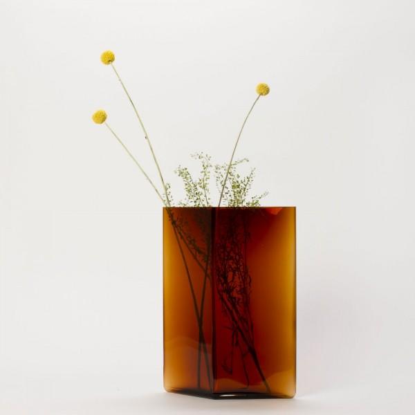 RUUTU . Vase . kupfer