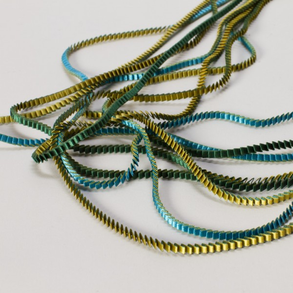 ESSLIP . TSOUKALA . Halskette KL09