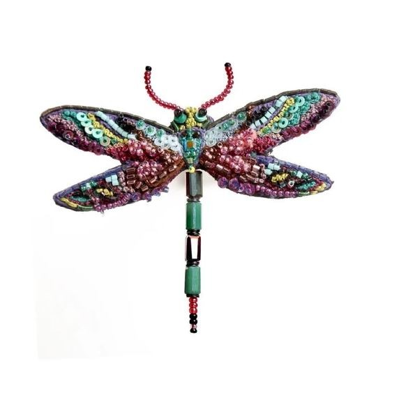 Brooch . TROVELORE . Dragonfly Amethyst