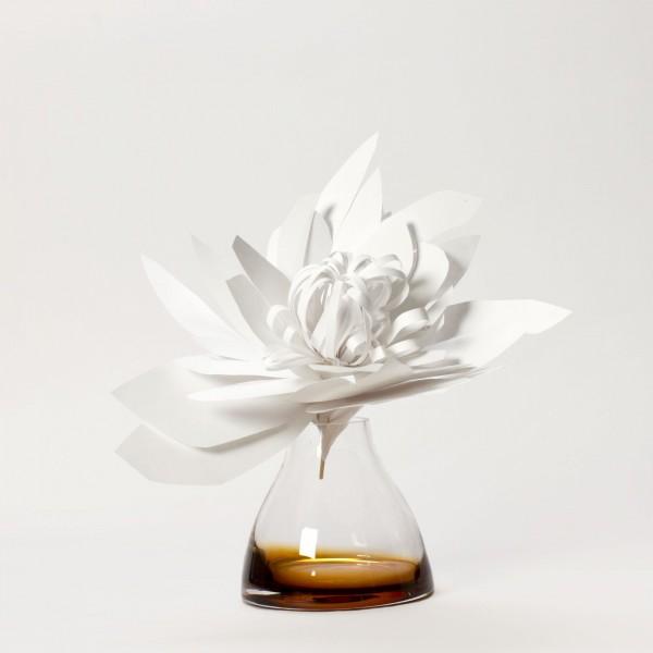 FLOWER VASE . SIENNA