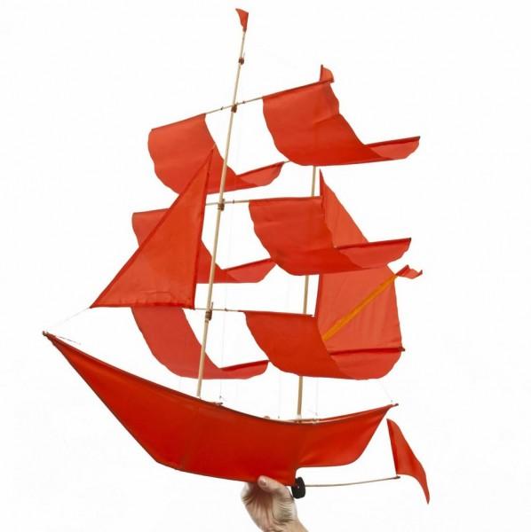 Flugdrachen . HAPTIC LAB . Segelschiff